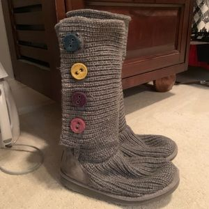 Kid's Uggs with colored buttons